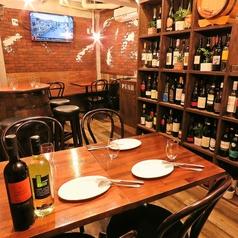 ヴェネチア酒場 オンブラ/ヴェネツィア酒場 Ombra テーブル